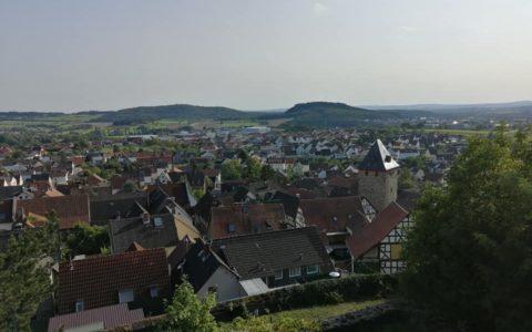 Blick von der Burg Staufenberg Sommer 2020